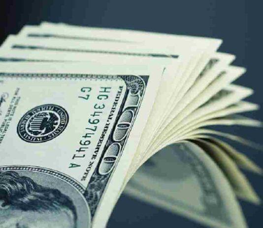FOREX: US Dollar Retreats against Major Currencies