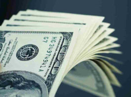 U.S Dollar Declines as Risk-Taking Returns